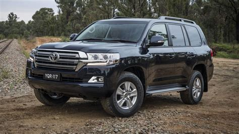 land crusier toyota toyota land cruiser 200 series altitude 2017 new car