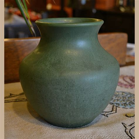 Low Vase by Hshire Pottery Low Vase For Sale Dalton S American