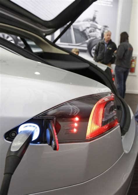 Tesla Fast Charging Stations Tesla To Install Charge Station The Portland Press