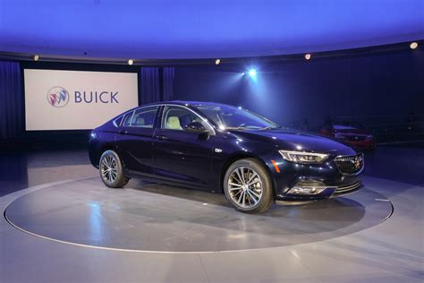 new buick regal 2018 this is the all new 2018 buick regal gm authority