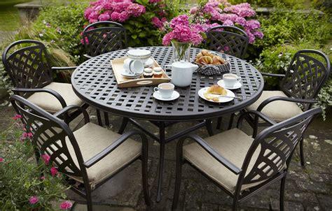 berkeley cast aluminium  seater  garden dining set