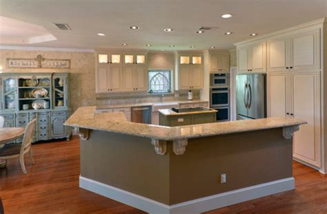 Cs Kitchen And Bath Lincoln Ne by Eggshell Glazed Cabinets Traditional Kitchen Dallas