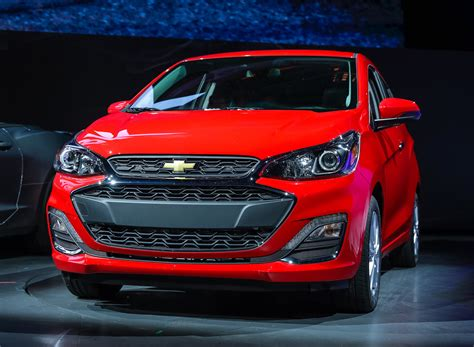 chevrolet spark chevy review ratings specs
