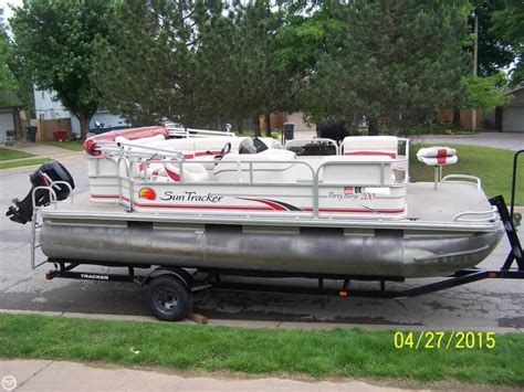 sun tracker boats for sale oklahoma sun tracker 200 party barge for sale in oolagah ok for