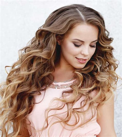 Hairstyles For Wavy Hair by 8 Hairstyles For Wavy Hair