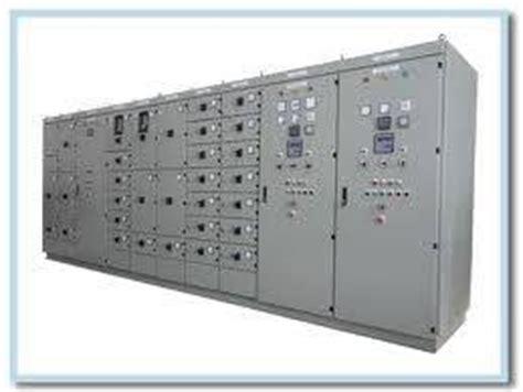 Panel Distribusi ferryxseven panel distribusi pada sistem penyaluran daya