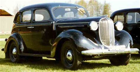 1938 plymouth 4 door sedan file plymouth 4 door sedan touring 1938 jpg