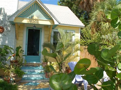 st pete house rentals st pete cottage rental beautiful historic pass a