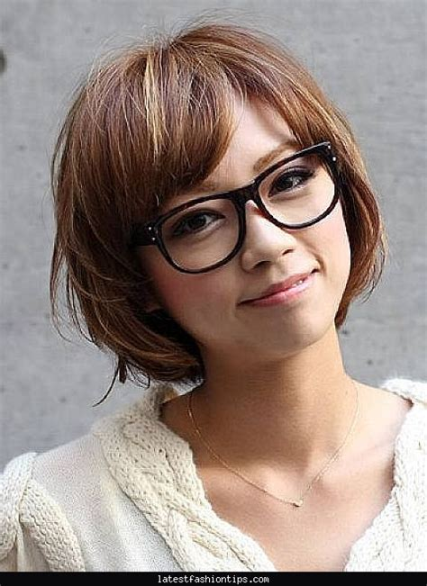 Hairstyles For With Glasses by S Hairstyles With Glasses Latestfashiontips