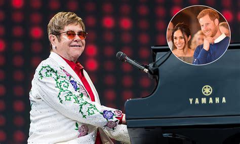 Wedding Song Elton by Elton And David Furnish S Children At Summer