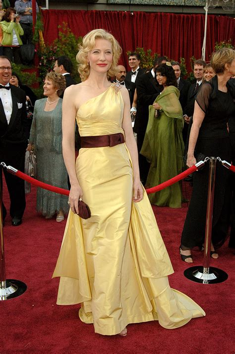Oscars Carpet Cate Blanchett by Cate Blanchett At The 2005 Academy Awards 30 Iconic