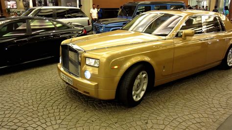 rolls royce gold and gold rolls royce phantom youtube