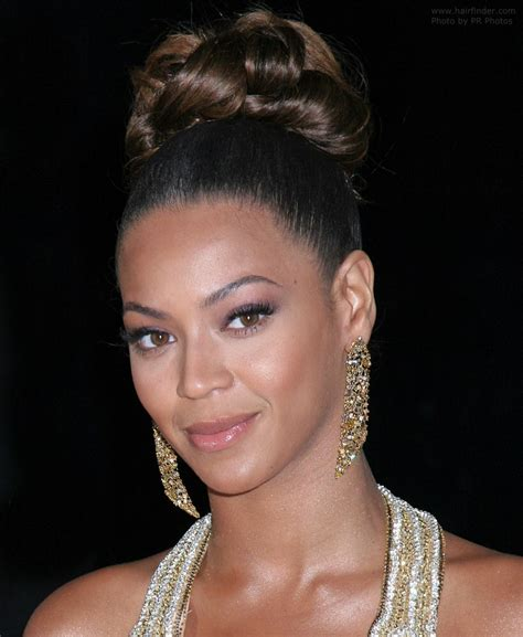 hairdos worn up beyonce knowles with her hair worn up with curls in the crown