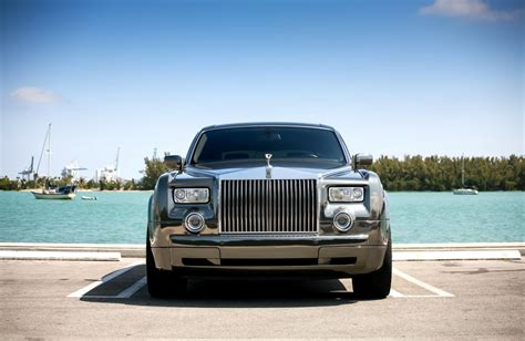 customized rolls royce phantom customized rolls royce phantom exclusive motoring