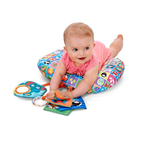 Boppy Pillow For Tummy Time by Boppy Tummy Time Pillow Toys Official Chicco Co Uk Website