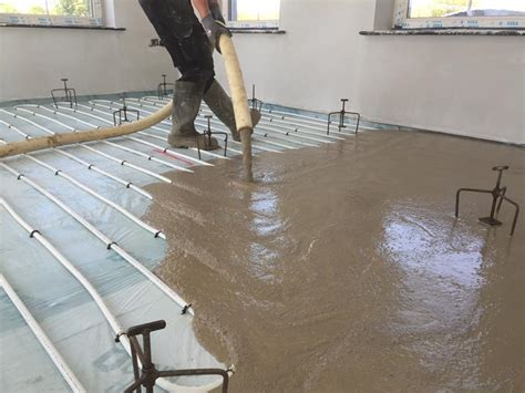 How To Screed A Floor Level by Smet Advises On Trouble Free Screeding With Ufh Smet