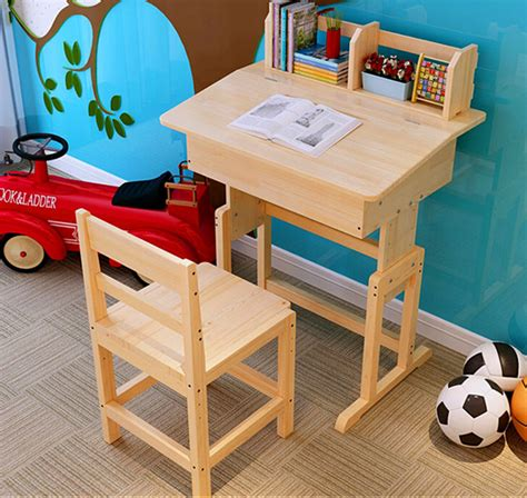 Child S Desk And Chair Set by Chair Children S Desk And Chair Set Of Child S Desk