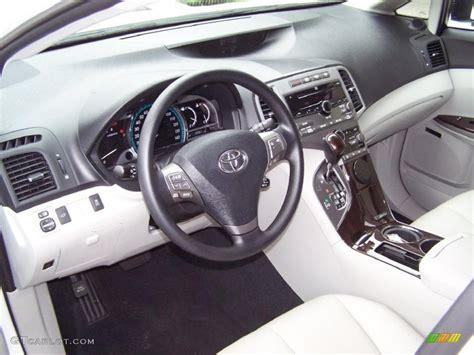 2009 Toyota Venza Interior Gray Interior 2009 Toyota Venza V6 Photo 37496452