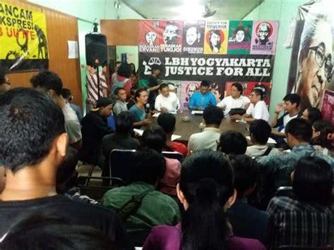 Khazanah Tafsir Indonesia Dari Hermeneutika Hingga Ideologi maklumat buku dari jogja arah juang