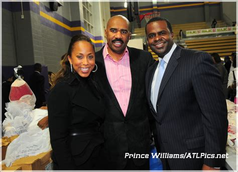 Center His Wife Marjorie Left And Atlanta Mayor Kasim Reed | oldfashion november 2010