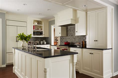 cape cod kitchen cabinets cape cod kitchen traditional kitchen minneapolis