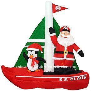 inflatable santa in boat traballo en familia ceip frian teis vigo