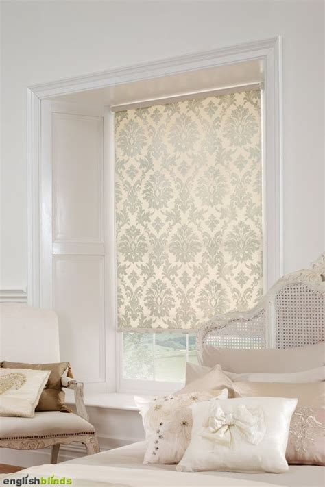 luxury cream damask blinds   white bedroom   shabby chic bed shabby chic bedrooms