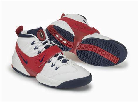 nike signature basketball shoes inside access the nike signature athlete legacy nike news
