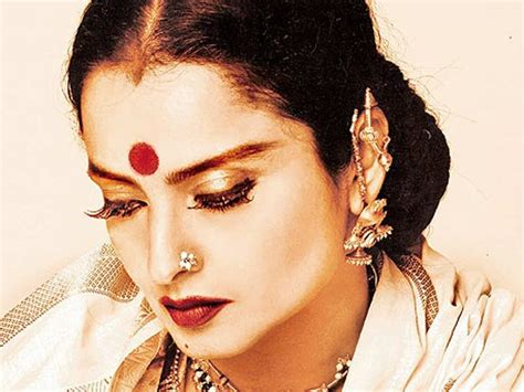 biography hindi actress rekha excerpts from rekha s biography