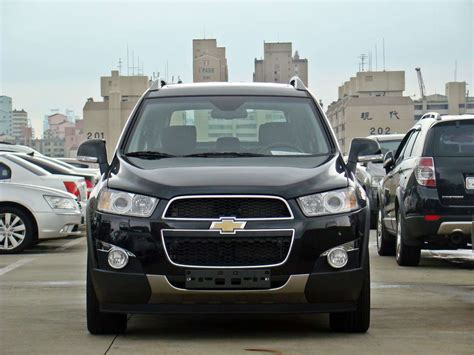 2011 chevrolet captiva diesel at 2011 chevrolet captiva pictures 2 2l diesel automatic
