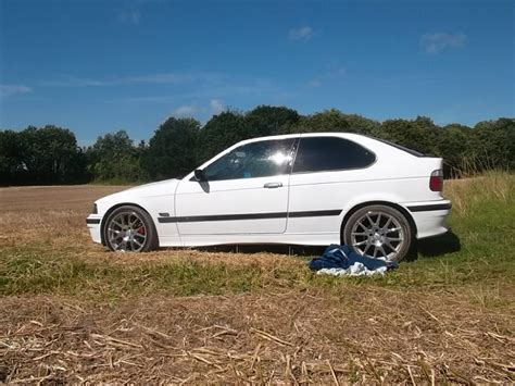 Bmw 3er Qualmt by Paar Bilder Zur Restauration 3er Bmw E36 Quot Compact