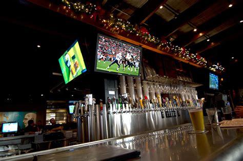 Yard House Miami by Pubs Em Miami Yard House Pubs Em Miami Yard House