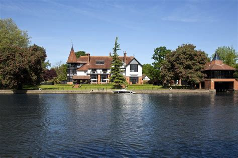 Thames River Property | 6 of the best properties on the river thames gentleman s