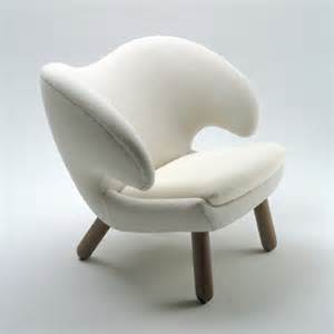 comfy modern chair by one collection pelican