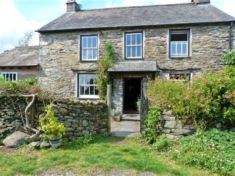 Cottage Windermere by Hagg End Bowness Windermere Ings The Lake District