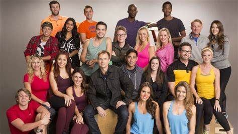 the social cast the amazing race host phil keoghan on season 28 s social