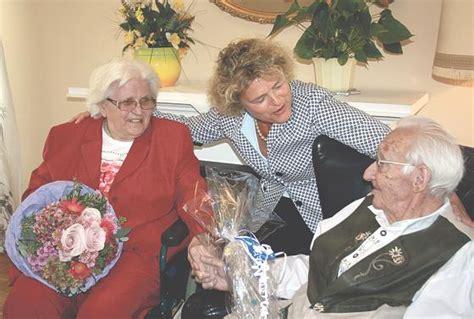 Hochzeit 65 Jahre Verheiratet by Ottobrunn 183 65 Jahre Verheiratet Eiserne Hochzeit
