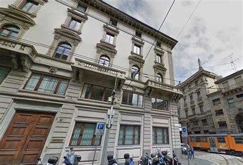 sede luxottica luxottica venduta per 100 milioni la ex sede milanese
