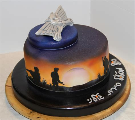 soldiers   sunset cakecentralcom