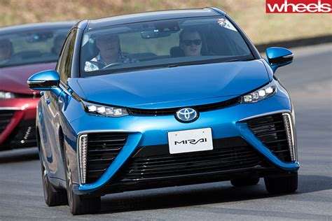 The Edge Hydrogen Suv by 2015 Toyota Mirai Review