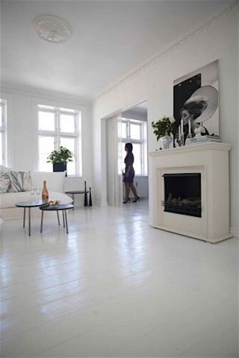 painted floors white painted floors jpg 394 215 591 pixels soon tearing