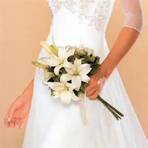 Ramos de novias en cascada foto de elegante y sensual ramo de novia
