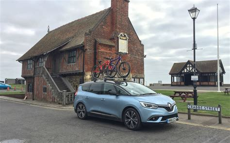 renault grand scenic 2017 extended test 2017 renault grand scenic 130 dci
