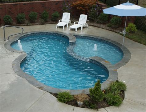 pools small fiberglass pools top 9 picture ideas with 34 best images about pool on pinterest luxury pools