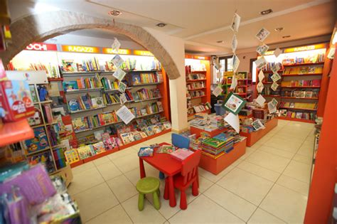 mondadori librerie libreria mondadori riferimento culturale per mirano