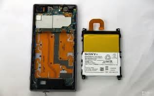 Baterai Sony Xperia Z C6603 sony xperia z1 is taken apart reveals same back cover