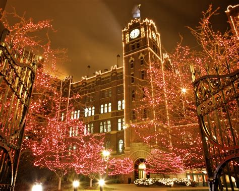 anheuser busch brewery holiday lights fun for the whole