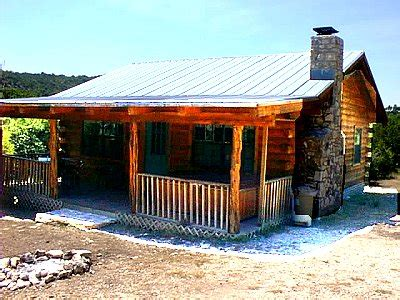 Cabins In Concan Tx by Cloud Log Cabins Concan