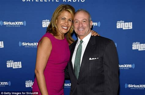hoda kotb father hoda kotb shares first picture of boyfriend and daughter