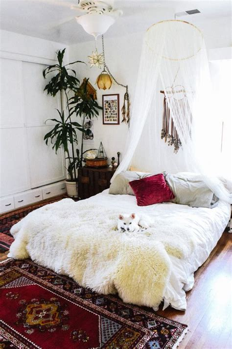 white bohemian bedroom 25 best ideas about bohemian bedroom design on pinterest